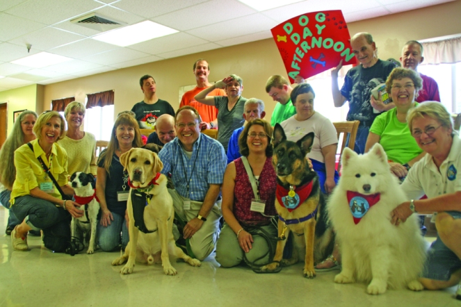 Pinellas Chapter of Therapy Dogs International & PARC Residents.